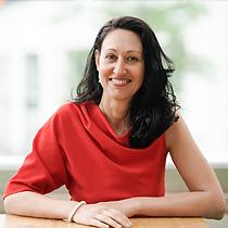 Bilyana Georgieva - Bilyana is a digital nerd, multi-award-winning speaker, micro-influencer on LinkedIn, trainer, and TEDx speaker