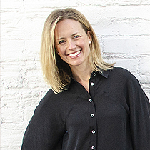 Joanna Howes - Joanna builds high performing leaders and teams in the creative industry